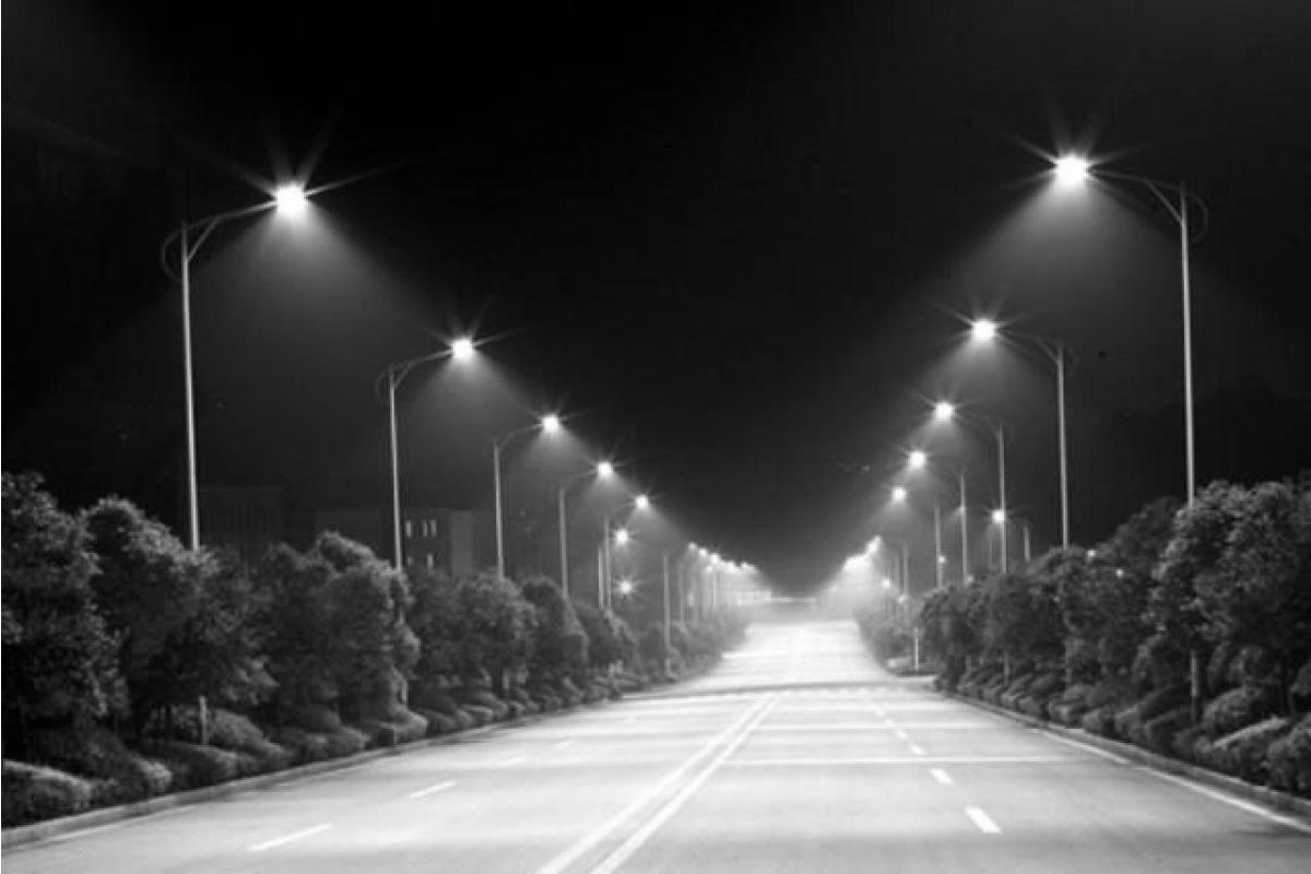 Монтаж та ремонт вуличного освітлення