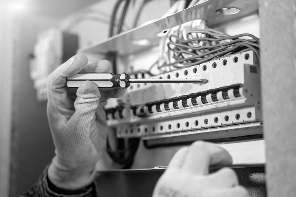 Монтажтакомутація електро-щитовихтаелектро-боксів